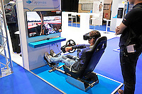 Nederland  Utrecht 2016 05 26. Campus Party Europe in de Jaarbeurs. Technologie Beurs. Jongen probeert een Oculusbril uit. <br /> Nederland Utrecht 2016 05 26. Campus Party is the greatest technological experience of the world which brings together young geeks &amp; aspiring entrepreneurs in a festival of innovation, creativity, science, digital entertainment &amp; entrepreneurship. Foto Berlinda van Dam / Hollandse Hoogte