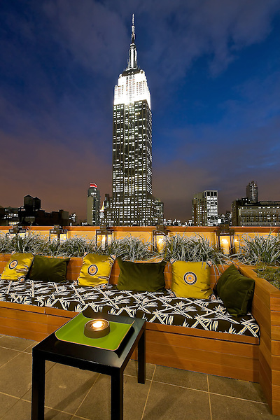 Srand Hotel New York, NY Rooftop Bar