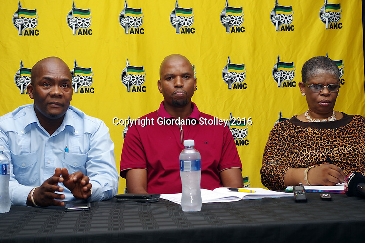 DURBAN - 22 February 2016 - eThekwini Metro Municipality mayor James Nxumalo (right), speaks at a press press conference in Durban where it was announced that the Delangokubona KZN Business Forum had agreed to stop disrupting municipal services. The group had complained that the eThekwini Metro Municipality was excluding them from bidding for municipal tenders. Looking on is the African National Congress regional secrettary Bheki Ntuli (middle) and Zandile Gumede (right), the ANC's eThekwini regional chairperson. Picture: Allied Picture Press/APP