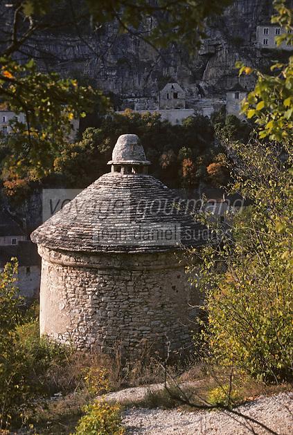 Europe/France/Midi-Pyrénées/46/Lot/Causse de Rocamadour/Rocamadour: Pigeonnier