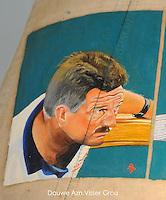 CULTUUR: GOINGARIJP: 04-05-2015, Fok SKS Skûtsjes en portretten van de schippers geschilderd door oud skûtsjeschipper Anne Tjerkstra, Douwe Azn. Visser (Grou), ©foto Martin de Jong