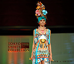 The 1st Tokyo Sweets Collection 2008 was held on Saturday, November 8th 2008, in collaboration with 14 popular Japanese pastry chefs and designer Tsumori Chisato.