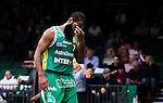 S&ouml;dert&auml;lje 2014-10-11 Basket Basketligan S&ouml;dert&auml;lje Kings - Ume&aring; BSKT :  <br /> S&ouml;dert&auml;lje Kings Vincent Simpson deppar under matchen mellan S&ouml;dert&auml;lje Kings och Ume&aring; BSKT <br /> (Foto: Kenta J&ouml;nsson) Nyckelord:  S&ouml;dert&auml;lje Kings SBBK Basket Basketligan T&auml;ljehallen Ume&aring; BSKT depp besviken besvikelse sorg ledsen deppig nedst&auml;md uppgiven sad disappointment disappointed dejected
