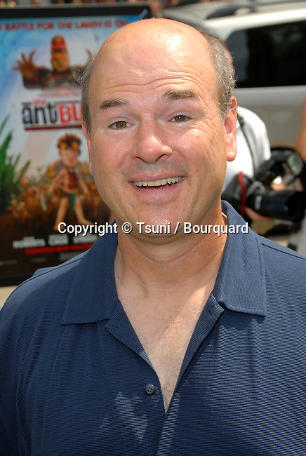 Larry Miller arriving at the ANT BULLY Premiere at the Chinese Theatre In Los Angeles. July 23, 2006.<br /> <br /> eye contact<br /> headshot<br /> smile