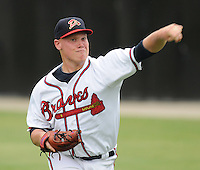 July 15, 2009: LHP Brett Oberholtzer (18) of the Danville Braves, rookie Appalachian League affiliate of the Atlanta Braves, in a game at Dan Daniel Memorial Park in Danville, Va. Photo by:  Tom Priddy/Four Seam Images