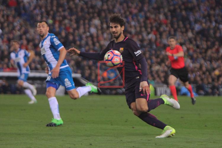 League Santander 2016/2017. Game: 35.<br /> RCD Espanyol vs FC Barcelona: 0-3.<br /> Javi Fuego vs Andre Gomes.