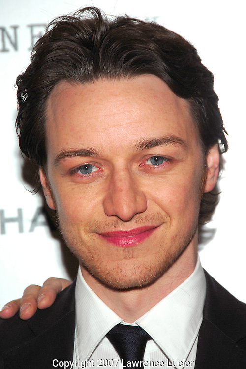 "Actor James McAvoy arrives at a screening of the film ""Atonement"" December 3, 2007, at the IFC Theater in New York City.. (Pictured : JAMES MCAVOY)."