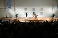 New York Times finacial reporter Andrew Sorkin speaks at the UVa Darden School of Business in Charlottesville, Va. . Photo/Andrew Shurtleff