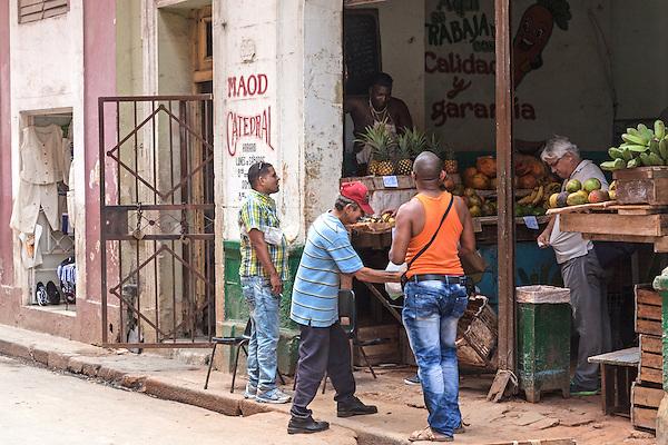 Produce market, La Habana Vieja