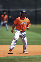Houston Astros Luis Flores (92) during a minor league spring training game against the Atlanta Braves on March 29, 2015 at the Osceola County Stadium Complex in Kissimmee, Florida.  (Mike Janes/Four Seam Images)