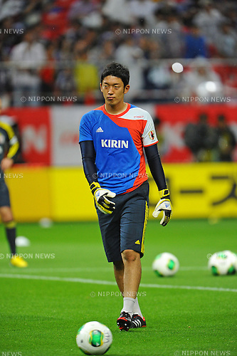 Shuichi Gonda (JPN),<br /> MAY 30, 2013 - Football / Soccer :<br /> Shuichi Gonda of Japan warms up before the Kirin Challenge Cup 2013 match between Japan 0-2 Bulgaria at Toyota Stadium in Aichi, Japan. (Photo by AFLO)