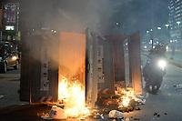 RIO DE JANEIRO, RJ, 15.03.2017 - PROTESTO-RJ -  Entidades sindicais e membros da sociedade protestam contra a Reforma da Previdência do governo Temer no Rio de Janeiro, nesta quarta-feira, 15. (Foto: Clever Felix/Brazil Photo Press)