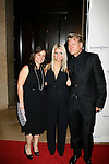 BEVERLY HILLS, CA. - October 02:  Tina Simpson, Jessica Simpson (C) and Joe Simpson arrive at Operation Smile's 8th Annual Smile Gala at the Beverly Hilton Hotel on October 2, 2009 in Beverly Hills, California.