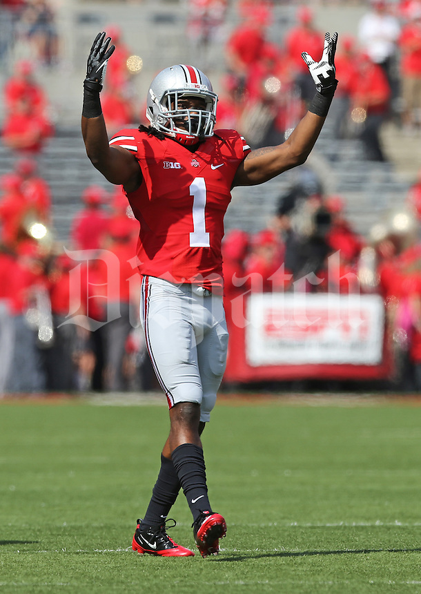 Ohio State Buckeyes cornerback Bradley Roby (1) fires up the crowd prior to kickoff of the NCAA football game against San Diego State at Ohio Stadium in Columbus on Sept. 7, 2013. (Adam Cairns / The Columbus Dispatch)