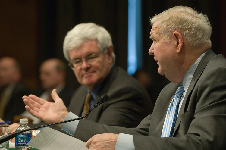 "Former House Speaker Newt Gingrich, R-Ga. and John Murtha, D-Pa.; testify before the  full committee hearing on ""Iraq: Alternative Plans Continued - Session 3 - Federalism, Side with the Majority, Strategic Redeployment, Negotiate.""."