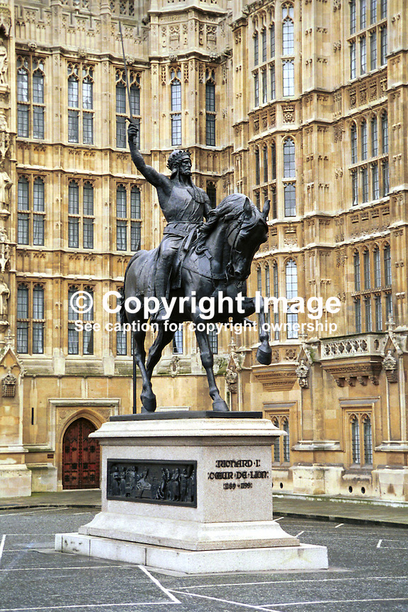 Statue of Richard the Lionheart, Houses of Parliament, London, UK, 199902079..Copyright Image from Victor Patterson, 54 Dorchester Park, Belfast, UK, BT9 6RJ..Tel: +44 28 9066 1296.Mob: +44 7802 353836.Voicemail +44 20 8816 7153.Skype: victorpattersonbelfast.Email: victorpatterson@mac.com.Email: victorpatterson@ireland.com (back-up)..IMPORTANT: If you wish to use this image or any other of my images please go to www.victorpatterson.com and click on the Terms & Conditions. Then contact me by email or phone with the reference number(s) of the image(s) concerned.