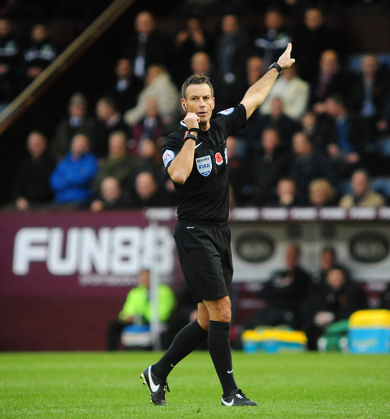 Referee Mark Clattenburg<br /> <br /> Photographer Chris Vaughan/CameraSport<br /> <br /> Football - Barclays Premiership - Burnley v Hull City - Saturday 8th November 2014 - Turf Moor - Burnley<br /> <br /> &copy; CameraSport - 43 Linden Ave. Countesthorpe. Leicester. England. LE8 5PG - Tel: +44 (0) 116 277 4147 - admin@camerasport.com - www.camerasport.com