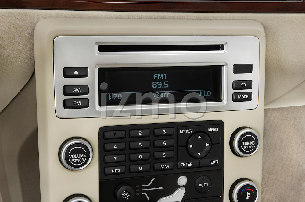 Stereo audio system close up detail view of a 2008 Volvo XC 70