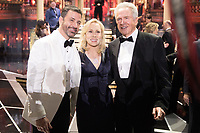Jimmy Kimmel, Faye Dunaway and Warren Beatty pose following the live ABC Telecast of the 90th Oscars&reg; at the Dolby&reg; Theatre in Hollywood, CA on Sunday, March 4, 2018.<br /> *Editorial Use Only*<br /> CAP/PLF/AMPAS<br /> Supplied by Capital Pictures