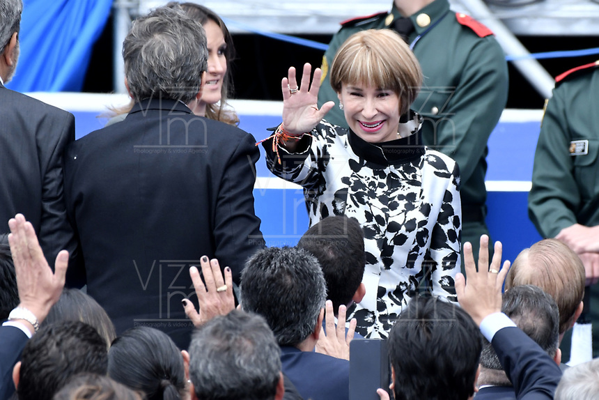 BOGOTÁ - COLOMBIA, 07-08-2018: Alicia Arango, nueva ministra de trabajo, durante la ceremonia de juramento en donde Ivan Duque, toma posesión como presidente de la República de Colombia para el período constitucional 2018 - 22 en la Plaza Bolívar el 7 de agosto de 2018 en Bogotá, Colombia. / Alicia, new minister of Labor, during the swearing ceremony where Ivan Duque, takes office to constitutional term as president of the Republic of Colombia 2018 - 22 at Plaza Bolivar on August 7, 2018 in Bogota, Colombia. Photo: VizzorImage/ Gabriel Aponte / Staff