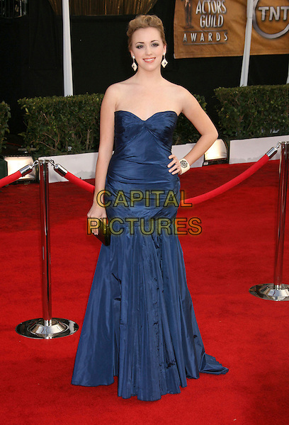 ANDREA BOWEN.14th Annual Screen Actors Guild Awards held at the Shrine Auditorium, Los Angeles, California, USA..January 27th, 2008.arrivals SAG full length blue dress hand on hip .CAP/ADM/RE.©Russ Elliot/AdMedia/Capital Pictures. *** Local Caption *** .