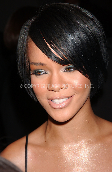 WWW.ACEPIXS.COM . . . . .....October 9, 2007. New York City.....Singer Rihanna arrives at the 2007 Cipriani Wall Street Concert Series featuring Rihanna and Akon at Cipriani Wall Street...  ....Please byline: Kristin Callahan - ACEPIXS.COM..... *** ***..Ace Pictures, Inc:  ..Philip Vaughan (646) 769 0430..e-mail: info@acepixs.com..web: http://www.acepixs.com