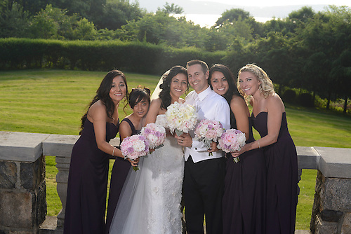 A Tappan Hill summer wedding