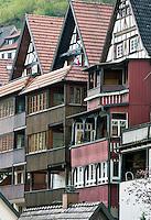 Germany, Baden-Wurttemberg, Black Forest, Schiltach at Kinzig Valley: half-timbered houses with cased, wooden balconies | Deutschland, Baden-Wuerttemberg, Schwarzwald, Schiltach im Kinzigtal: Fachwerkhaeuser mit verkleideten Holzbalkonen