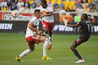HARRISON, NJ - Friday, June 27, 2014: The New York Red Bulls tie Toronto FC 2-2 during regular season MLS play at Red Bull Arena.
