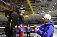 SCHAATSEN: HEERENVEEN: Thialf IJsstadion, 15-03-2013, Wereldkampioen sprint Michel Mulder was aanwezig om de prijzen uit te reiken, Lea Dommerich (GER), girls 15 year 1000m, ©foto Martin de Jong
