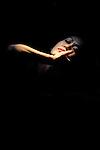 SOLOS<br /> <br /> Chor&eacute;graphie : Kaori Ito<br /> Interpr&egrave;te : Kaori Ito<br /> Musique : Guillaume Perret<br /> Lumi&egrave;res : Christophe Greli&eacute;<br /> Sc&eacute;nographie : Christophe Greli&eacute; et Kaori Ito<br /> Costumes : Kaori Ito<br /> Conseil artistique : Gabriel Wong<br /> Le 24/09/2012..Biennale de Lyon 2012<br /> Th&eacute;&acirc;tre de la Renaissance - Oullins<br /> &copy; Laurent Paillier / photosdedanse.com