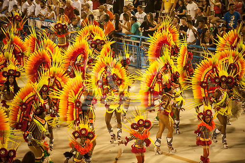 Imperatriz Leopolinense Samba School, Carnival, Rio de Janeiro, Brazil, 26th February 2017. Samba school dancers wearing the giant ceremonial cocaa feather headdresses of the Kayapo.