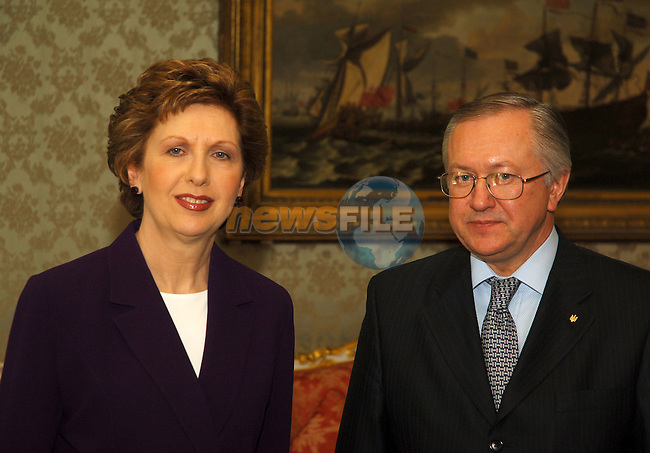 State visit to Ireland by the Minister of Foreign Affairs of Ukraine, H.E. Mr. Borys Tarasyuk in Dublin 08/02/2006. Ireland President greets H.E. Mr. Borys Tarasyuk at the President's official residence çras an Uachtar‡in, Phoenix Park, Dublin..Photo AFP/NEWSFILE/BARRY CRONIN.(Photo credit should read AFP PHOTO BARRY CRONIN/NEWSFILE)...This Picture has been sent you under the condtions enclosed by:.Newsfile Ltd..the Studio,.Millmount Abbey,.Drogheda,.Co Meath..Ireland..Tel: +353(0)41-9871240.Fax: +353(0)41-9871260.GSM: +353(0)86-2500958.email: pictures@newsfile.ie.www.newsfile.ie.FTP: 193.120.102.198..This picture is from Fran Caffrey@newsfile.ie