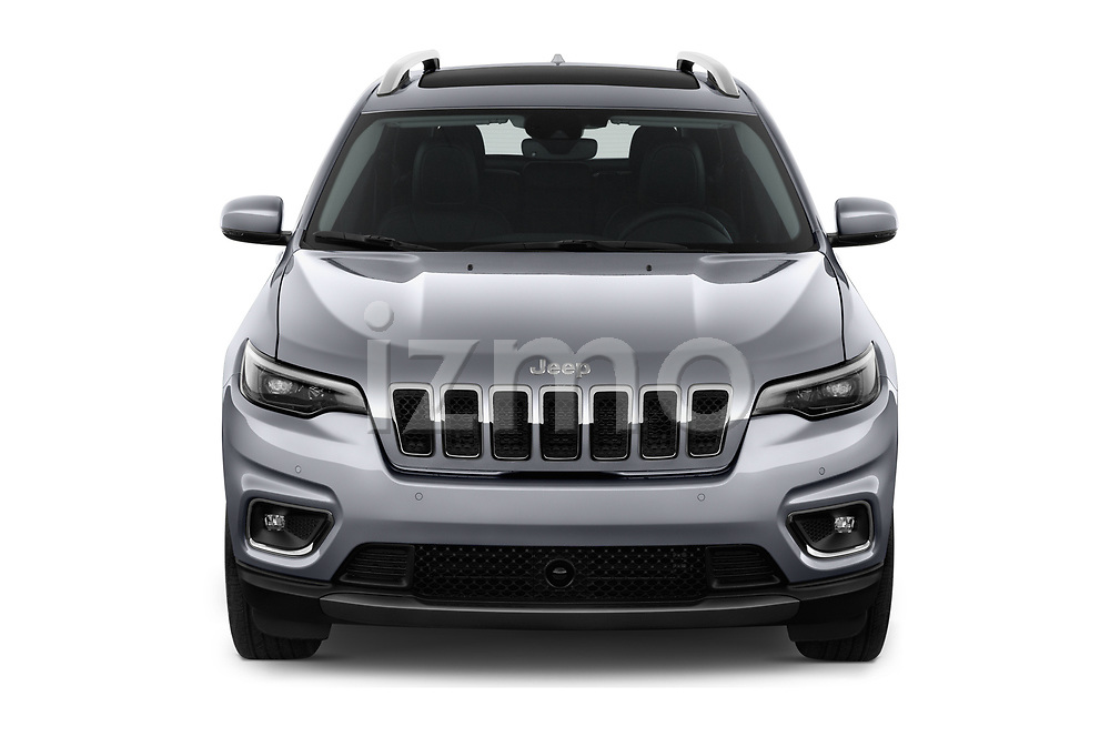 Car photography straight front view of a 2018 JEEP Cherokee Limited 5 Door SUV Front View