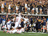Brendan Bigelow of California runs the ball during 115th Big Game against Stanford at Memorial Stadium in Berkeley, California on October 20th, 2012.  Stanford defeated California, 21-3.