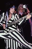 Aug 14, 1985: MOTLEY CRUE - Theatre of Pain Tour - Madison Square Garden New York USA