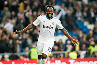 Essien celebrates his own goal against Zaragoza (3-0)