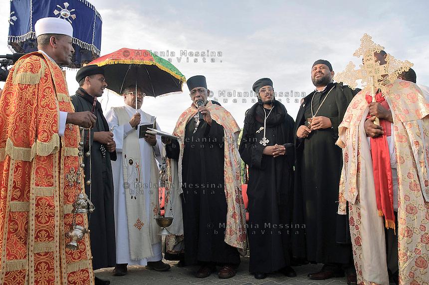 Agrigento,cerimonia religiosa durante i funerali di stato per i morti a Lampedusa.<br /> Agrigento, religious ceremony during state funeral for the victims in Lampedusa.
