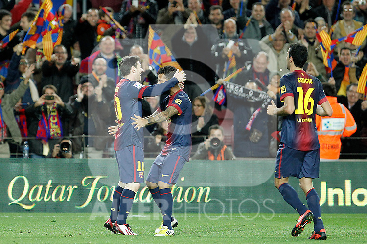 FC Barcelona's Leo Messi (l), Daniel Alves (c) and Sergio Busquets celebrate goal during La Liga match.December 16,2012. (ALTERPHOTOS/Acero)