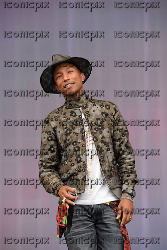 PHARRELL WILLIAMS - performing live on the Main Stage on Day Two of the BBC RADIO ONE BIG WEEKEND on  Glasgow Green in Glasgow Scotland UK - 24 May 2014.  Photo credit: George Chin/IconicPix