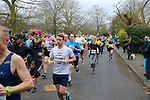 2020-02-23 Hampton Court Half 014 SGo Portsmouth Rd