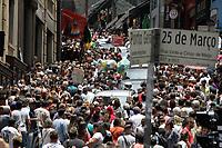 16.11.2019 - Movimentação na rua 25 de Março em SP