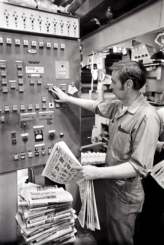 A pressman works the press on the Tucson Daily Citizen at TNI in this Dec. 12, 1973 file photo.