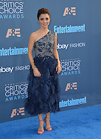 Shiri Appleby at the 22nd Annual Critics' Choice Awards at Barker Hangar, Santa Monica Airport. <br /> December 11, 2016<br /> Picture: Paul Smith/Featureflash/SilverHub 0208 004 5359/ 07711 972644 Editors@silverhubmedia.com