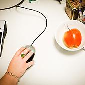 WARSAW, POLAND, MAY 2011:.Hand of an Consultant at the call center in Warsaw..(Photo by Piotr Malecki / Napo Images)..WARSZAWA, MAJ 2011:.Reka telemarketera w call center..Fot: Piotr Malecki / Napo Images.***Zdjecie moze byc wykorzystane w prasie, jesli sposob jego uzycia i podpis nie obrazaja osob znajdujacych sie na nim***