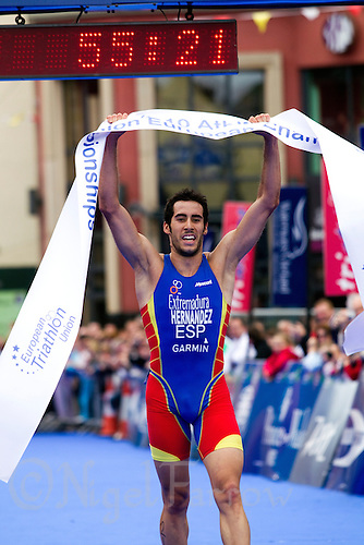 04 JUL 2010 - ATHLONE, IRL - Vicente Hernandez (ESP) celebrates winning the European Junior Mens Triathlon Championships .(PHOTO (C) NIGEL FARROW)