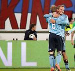 Nederland, Heerenveen, 11 april 2012.Seizoen 2011-2012.Eredivisie.SC Heerenveen-Ajax.Siem de Jong van Ajax juicht nadat hij de 0-3 heeft gemaakt. Links Christian Eriksen van Ajax