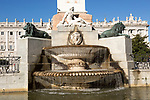 Plaza de Oriente water fountain with Palacio real, Royal palace, Madrid, Spain