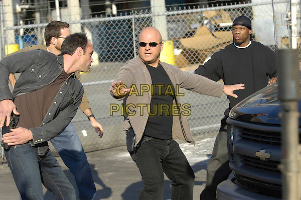 WALTON GOOGINS & MICHAEL CHIKLIS.in The Shield (Year 5).*Editorial Use Only*.Ref: FB.www.capitalpictures.com.sales@capitalpictures.com.Supplied by Capital Pictures.