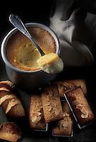 Cuisine/Gastronomie Generale: Financiers, tuiles et crème onctueuse à l'amande